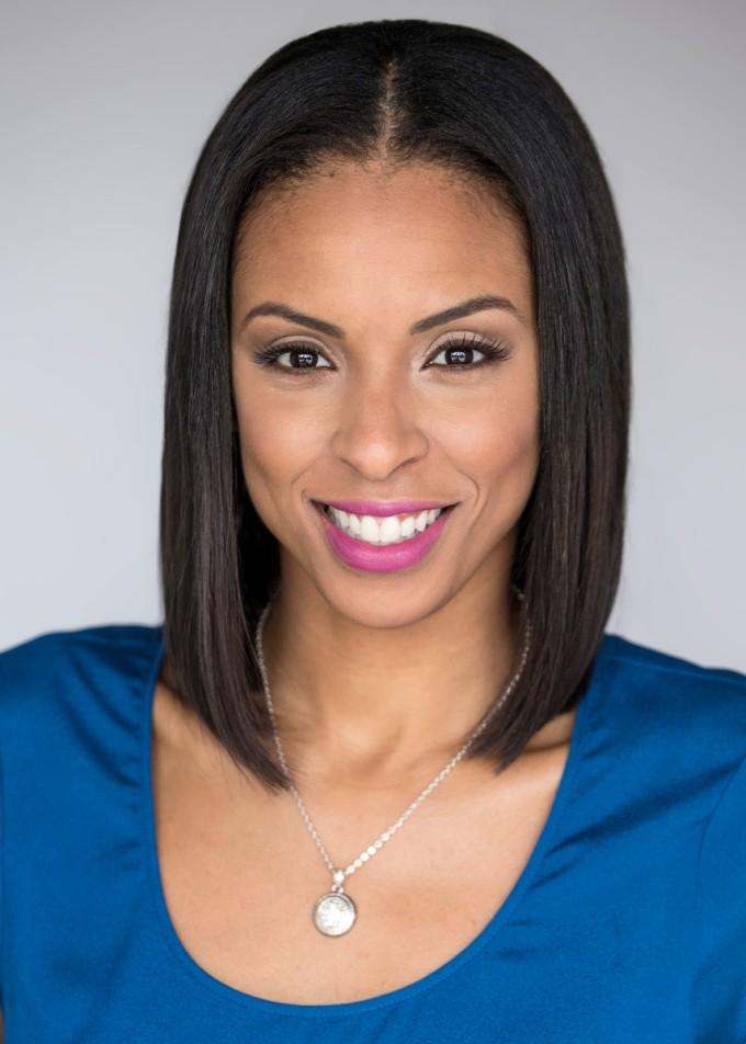 LaChina Robinson: Fighting to Make You Love Women'sBasketball